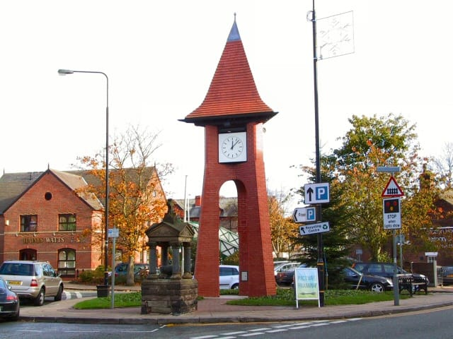 Hale_clock_tower_2005